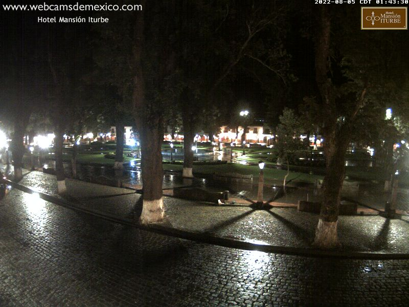 Live webcam of Don Vasco de Quiroga Plaza in Pátzcuaro, Michoacán